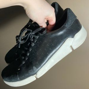 Clarks black leather white sole platform sneakers